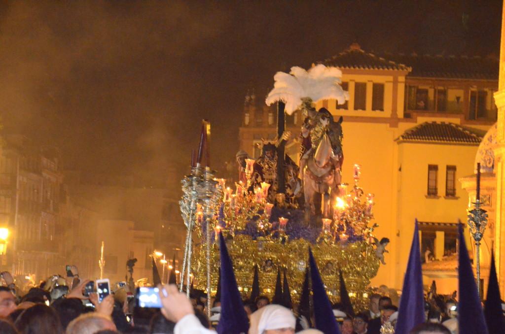 santa 3 1024x678 Semana Santa w Sevilli