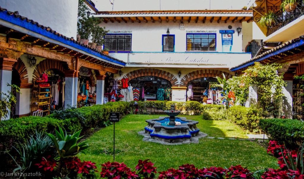 Cuarnavaca small 45 of 47 1024x605 Morelos  > Cuernavaca