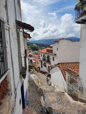 20210808 1032285315816221292447581 300x400 Taxco/ Mil cascadas